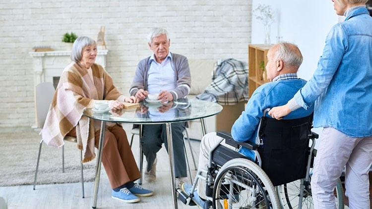 seniors in assisted living home